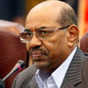 Bashir Leaves S. Africa