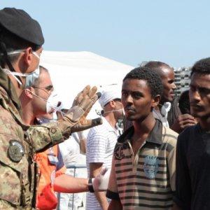 UK, France Seek EU Help Over Calais