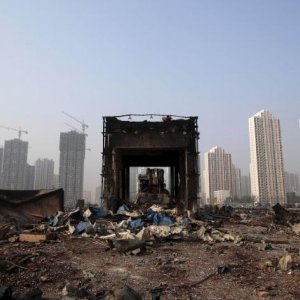 Residents Want Compensation in Tianjin Blasts