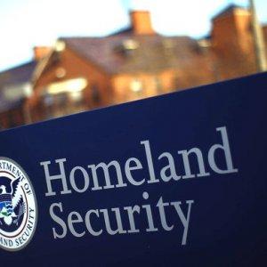 DHS Avoids Shutdown