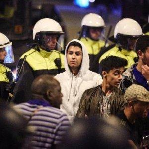 Mass Arrests  in Dutch Riots