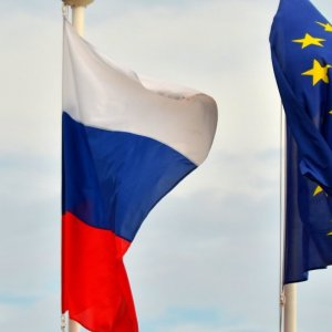 EU May Lift Russia Sanctions by End-2015
