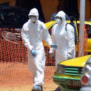 Sierra Leone declares Ebola lockdown