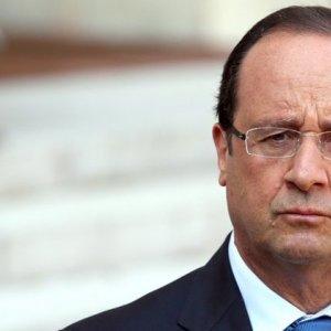 Hollande: NoTrace ofRussianArms inUkraine