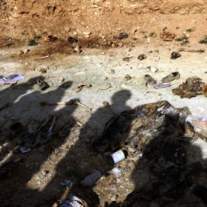 6th Mass Grave of Yazidis Killed by IS Discovered