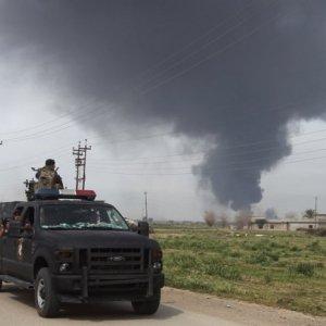 Iraq Wants Help to Retake Tikrit From IS