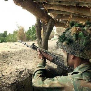 4 Killed  in Kashmir Firing