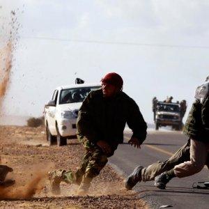 IS Advances Endanger Libya Talks