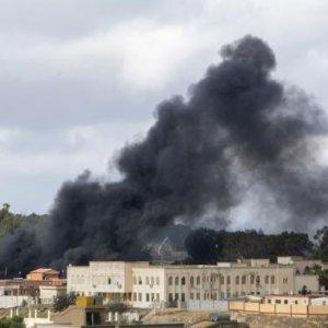 Libya Blast as UN Envoy Meets PM