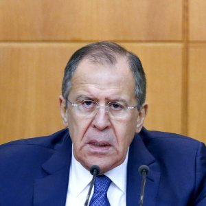 Lavrov: Policy of Restraining Russia Continues