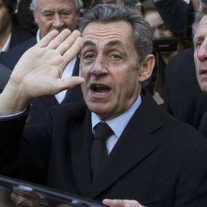Sarkozy Wins Party Leadership With Eye to Presidency