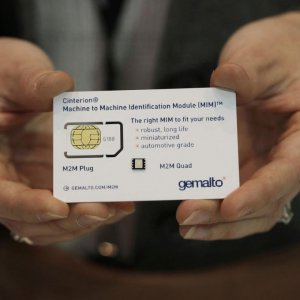 British, American Spies Steal SIM Cards Data