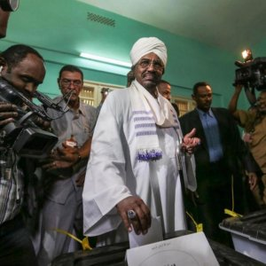 Bashir Set for Reelection as Polls Close