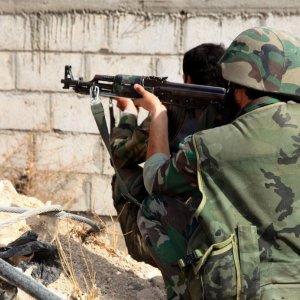 Syrian Army, Hezbollah Besiege Rebels