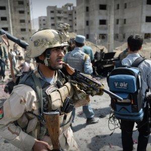 Taliban Kill 20 Afghan Officers in Night Blitz