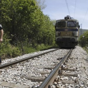 14 Migrants Die in Macedonia Train Mishap