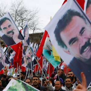 Jailed Kurdish Leader Urges Opposition to Lay Down Arms