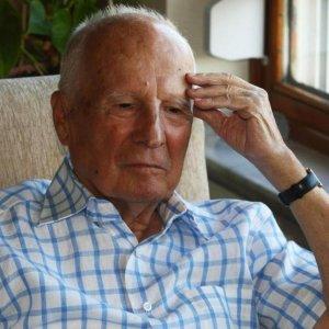 Ex-Turkish President Dies