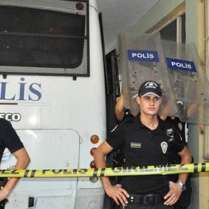 20 Police Arrested in Turkey