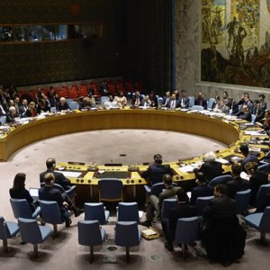 UN Imposes Arms Embargo on Houthis