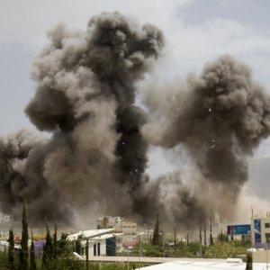 Fresh Saudi-Led Airstrikes in Yemen