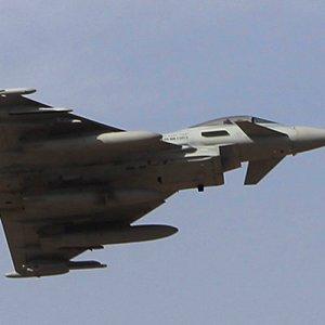 """Saudi-led Airstrike Hits """"Wrong Troops"""""""