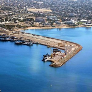 Chabahr Port Attracts Int'l Attention