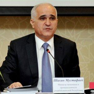 Azeri Delegation in Tabriz