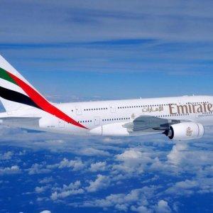 Mashhad-Dubai Flight Takes Off