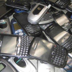 75% of Mobiles Smuggled