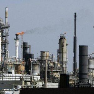 Russia Beats Saudis to Grab China Oil Market