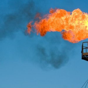 Parliament  Readjusts  Oil Share in Budget