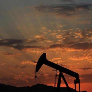Crude Dives Below $30