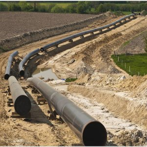 New Trunkline Will Curb  Need for Turkmen Gas
