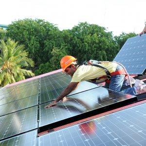 Dubai to Spend Billions on Clean Energy