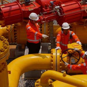 Gas Pipeline Web to Loosen Moscow's Grip