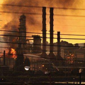 2 Blasts Rock Petrochem Plant in Southern France