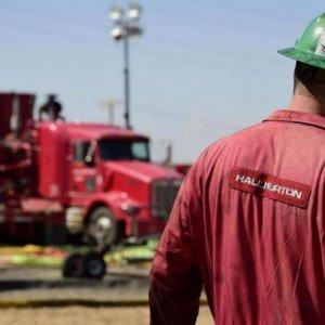 Halliburton Plans 8% Layoffs as Oil Revenues Drop