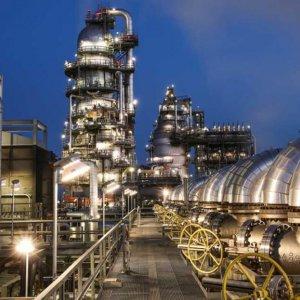 Mafia-Like Importers Harming Oil Industry
