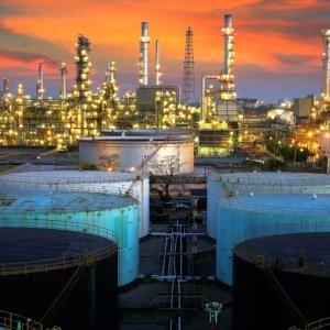 Zanganeh: $40 Oil in 2016-17 Budget Logical