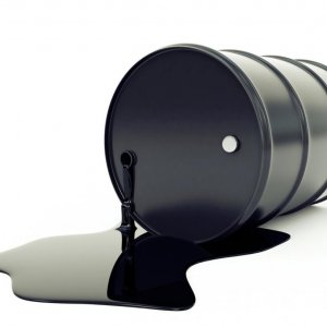 Oil in Biggest Weekly Drop Since January