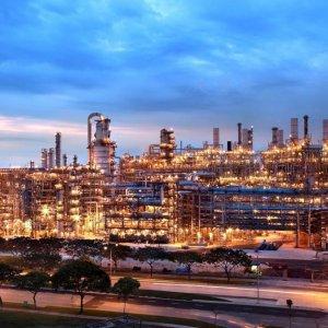 Tehran Targets $22b in  Petrochem Revenues