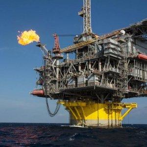 Doha Backs Tehran's Return to Oil Market