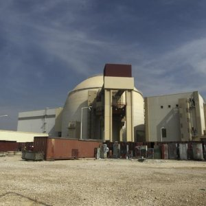 Iran, Russia Set to Finalize  Nuclear Energy Deals