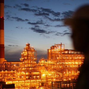Moscow, Riyadh to Maintain Oil Output Levels
