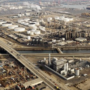 Ramaphosa, Zanganeh Discuss  Building Oil Refinery in S. Africa