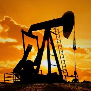 Saudi Crude Supplies Increase