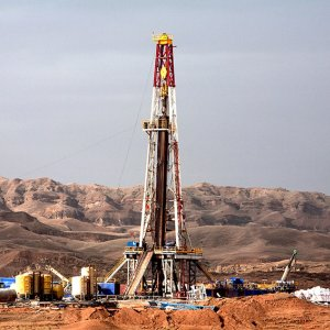 Shale Oil Drillers in US Move Rigs to More Productive Areas