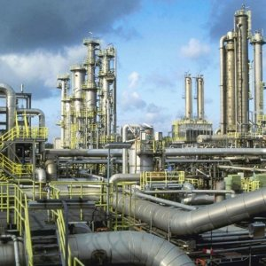 Private Firms Supplying Siraf Refinery Needs