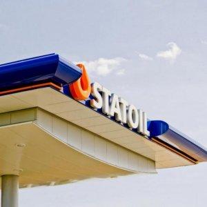Statoil to Cut 2,000 More Jobs